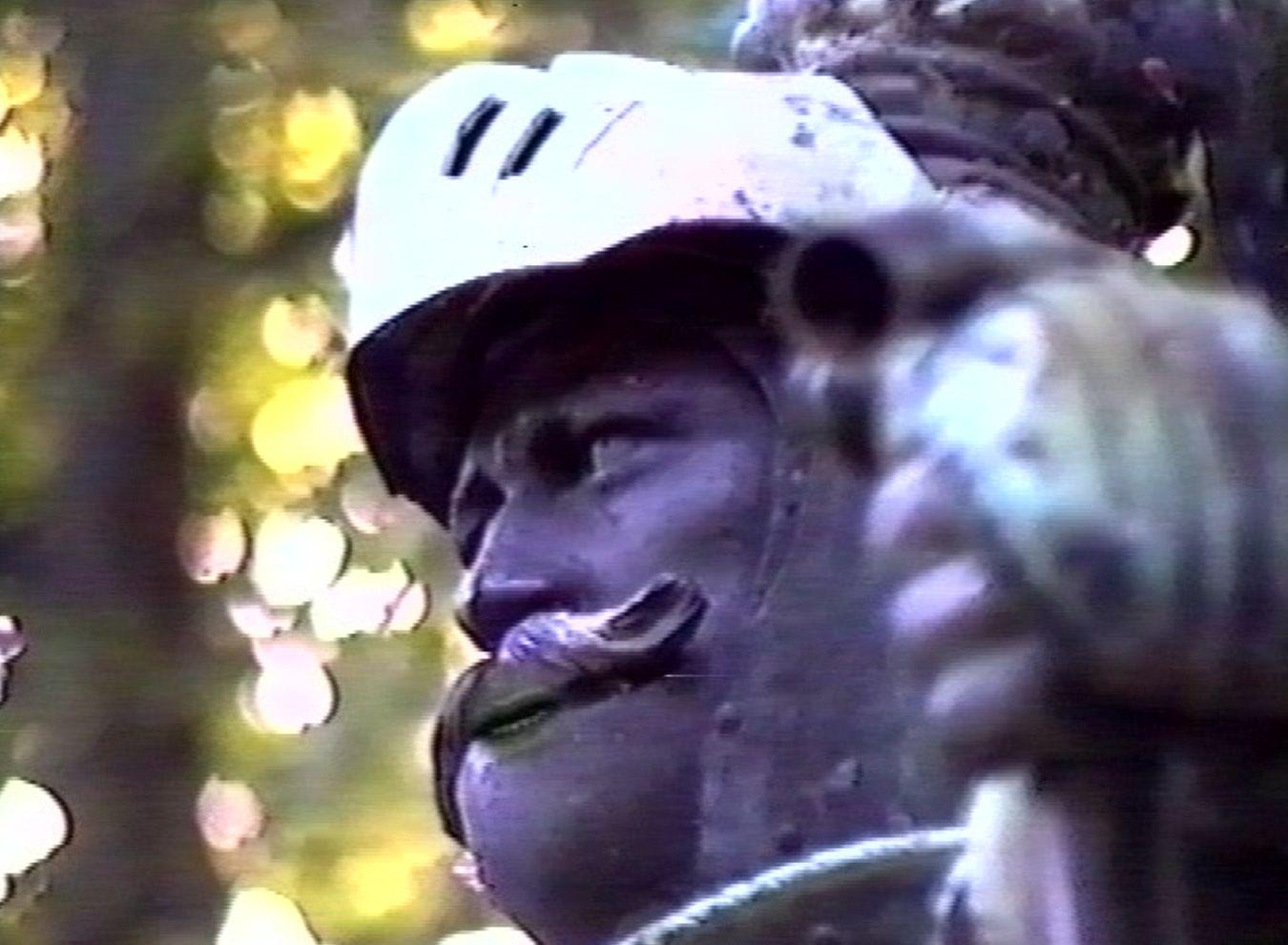 Reiterfiguren im Zwiegespräch: Für seine Animationssequenz hat John Rothwell die beiden Herolde animiert - man beachte Lippen und Zähne. Quelle: Bremen History