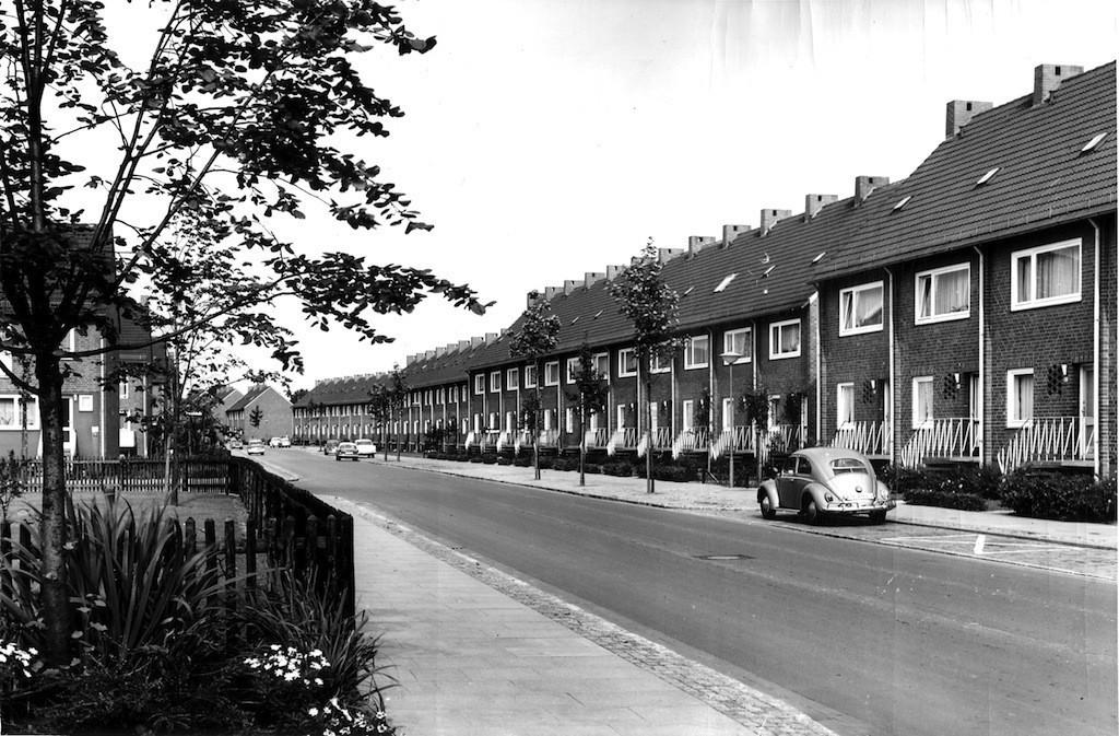 Eher langweilig: Treuhand-Reihenhäuser an der Bardowickstraße. Foto: Archiv b.zb