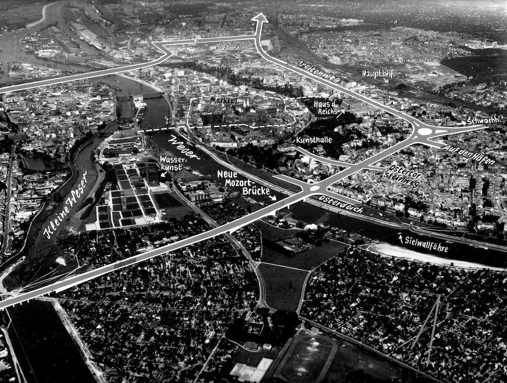 So sahen die Stadtplaner den Trassenverlauf Mitte der fünfziger Jahre. Die gestrichelte Linie zeigt den Innenstadtring, der nicht vollendet wurde. Quelle: Bildarchiv des Bremer Zentrums für Baukultur – b.zb