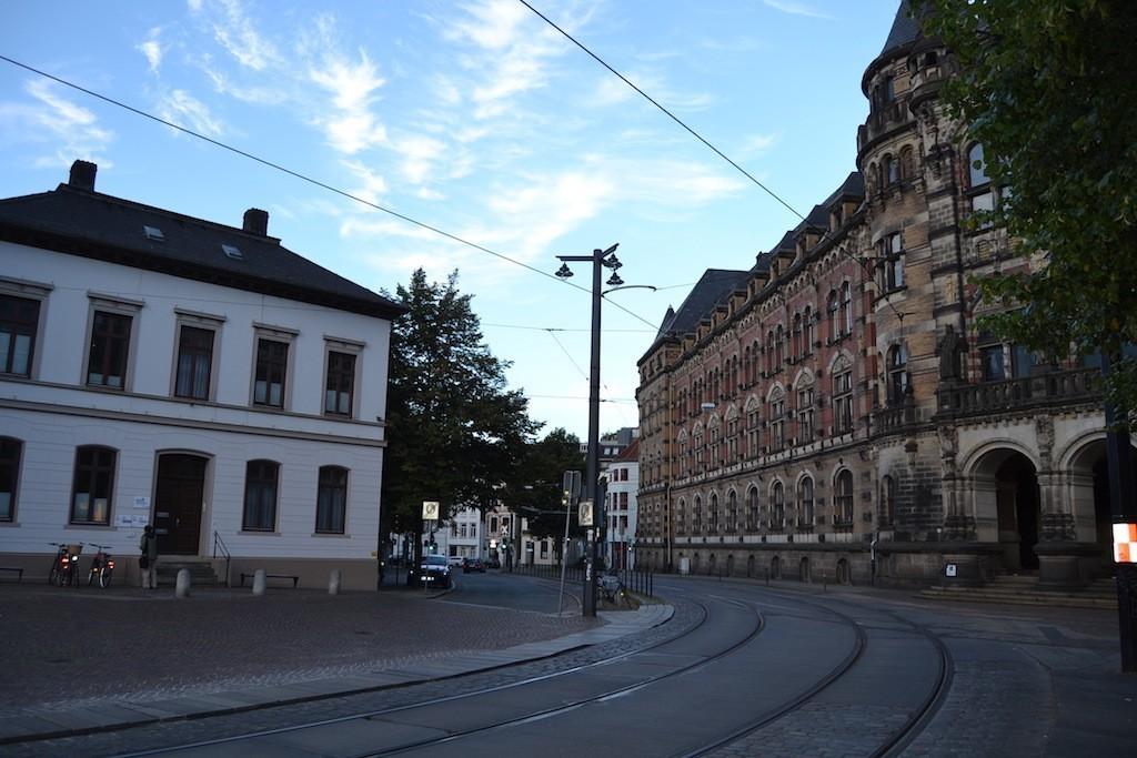 Nichts mehr zu sehen: der einstige Standort des Predigerhauses mit der Anschrift Domsheide 1. Foto: Frank Hethey