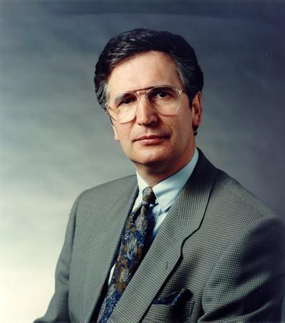 Erklärte nach der Wahlniederlage von 1995 seinen Rücktritt: SPD-Bürgermeister Klaus Wedemeier. Quelle: Senatspressestelle Bremen