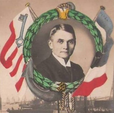 Ein umjubelter Kriegsheld: Kapitän Paul König. Quelle: Ausschnitt aus einer Ansichtskarte, Strotmann