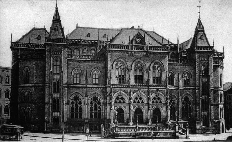 Die von 1861 bis 1864 errichtete Neue Börse genoss schon lange vor ihrer schweren Beschädigung im Zweiten Weltkrieg keine großen Sympathien mehr. Quelle: Wikicommons