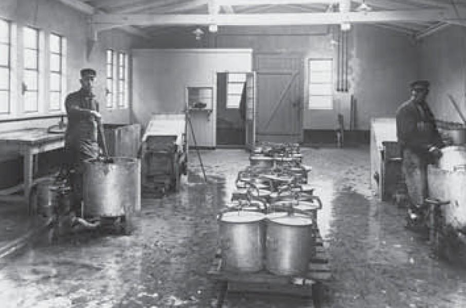 Nichts fürs feine Näschen: In der Poudrettefabrik (hier in Lübeck), bestimmt kein angenehmer Job. Quelle: HanseWasser