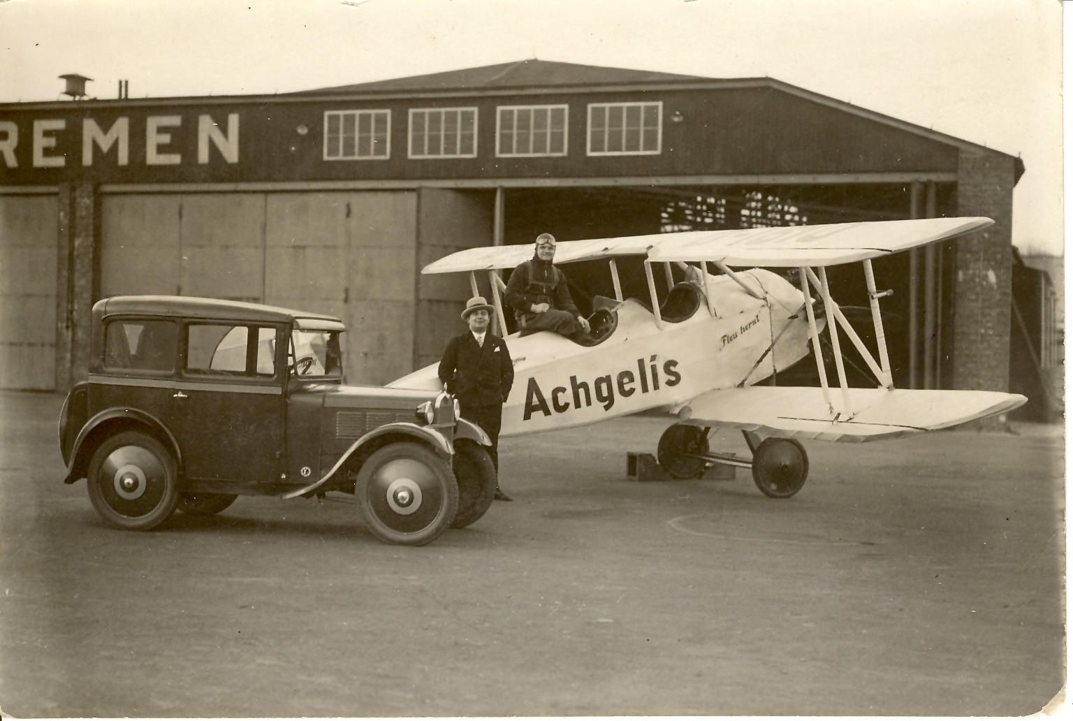 Am Anfang einer steilen Karriere: Gerd Achgelis 1929 auf dem Bremer Flughafen. Quelle: Privat