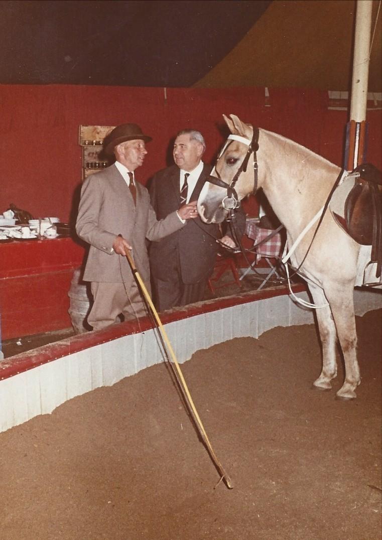 Hatte einen Stock, keine Peitsche: Carsten Haberjan jr. um 1967. Quelle: Familie Porsch
