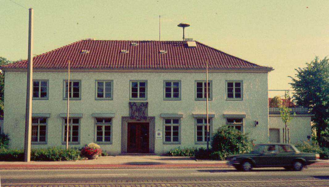 Als das Gebäude längst wiederhergestellt war: das Polizeirevier auf einem Foto von 1973. Quelle: Schwachhausen-Archiv