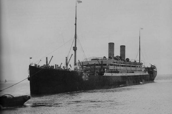 """Auf der Transatlantikroute unterwegs: die """"Barbarossa"""" des Norddeutschen Lloyd, um 1900. Quelle: Staatsarchiv Bremen"""