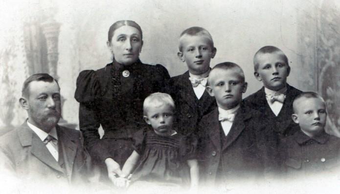 Die neunte Generation: Familie Eitmann gehörte zu den alteingesessenen Bauerngeschlechtern in Arbergen. Bildvorlage: Bestand Buhr