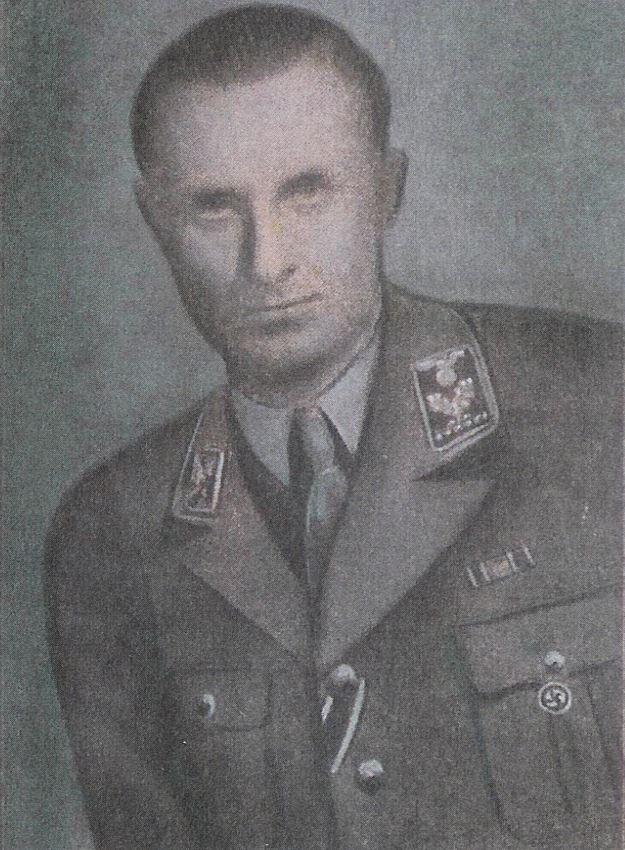 Wild und entschlossen wollte er wirken: Max Schümann im Juli 1943 als neu ernannter Kreisleiter Bremens. Quelle: Staatsarchiv Bremen