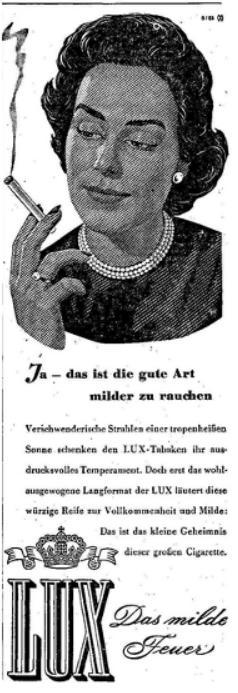 Pornostar der alten Dame reife Frauen rauchen Zigaretten